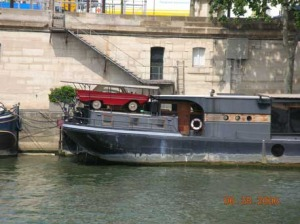 An ususual siting of an Amphicar.
