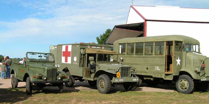 and ALL sizes in between ... here is a Russian GAZ, a Dodge KD64 ambulance and a very rare GMC Small Arms repair bus/van.