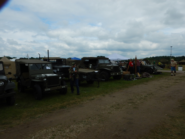 Iola-Military-Truck-Show-2015-g
