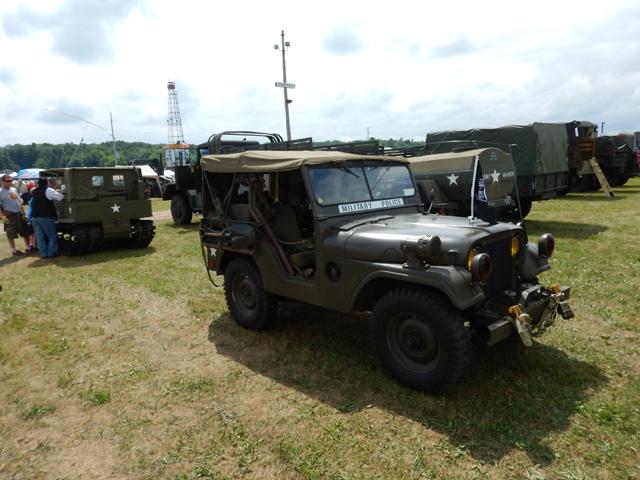 Iola-Military-Truck-Show-2015-n