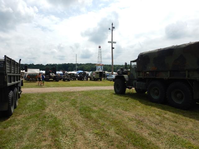 Iola-Military-Truck-Show-2015-q